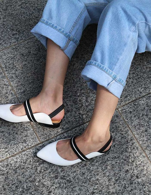 T015 pointed slingback white