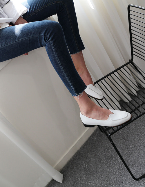 T004 voca loafer white (1.5cm)